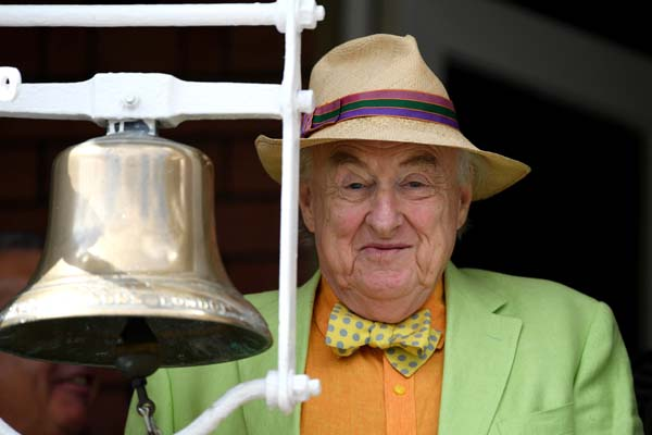 Henry Blofeld Five Minute Bell