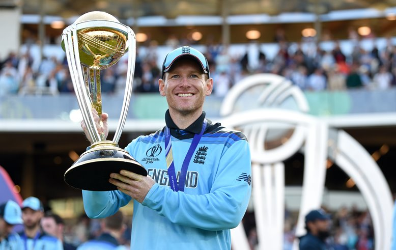 Eoin Morgan with the ICC Cricket World Cup 2019