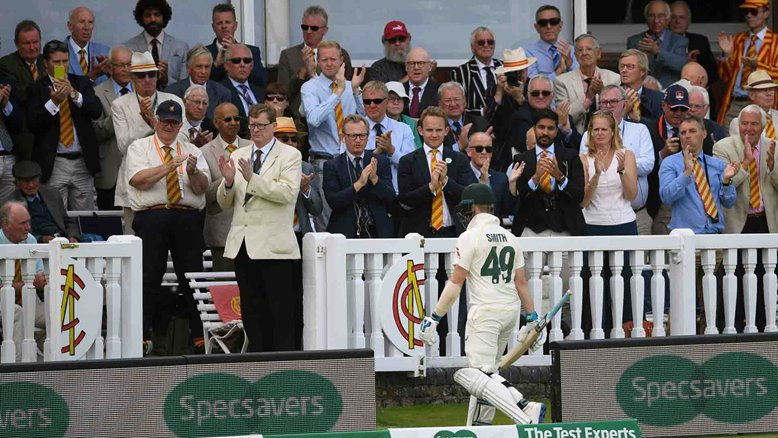 Steve Smith is applauded by the MCC members at Lord's.